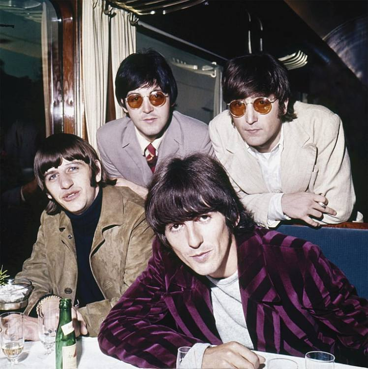 rs_beatles01-ba36452a-2bb5-45e5-bb71-0a57a080cc78